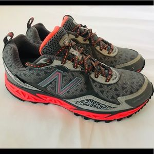 New Balance Womens 910 V1 Trail Shoes Size 7